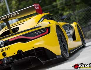 Team Speedway Renault R.S. 01 launches 3-day weekend at MovieTowne